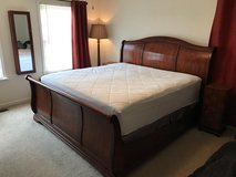 Bassett Master King Sleigh bed in Bolling AFB, DC