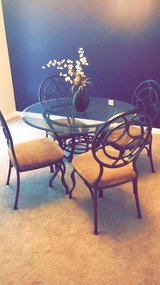Dining Room Set ! Great condition ! Must go! in Richmond, Virginia