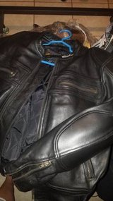 Feildshear leather sports bike jacket size 44 in Cleveland, Texas