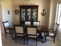 Broyhill Maison Lenoir Dining Room Set in Ottawa, Illinois
