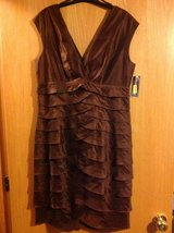 Jessica Howard new size 12 brown dress amazing! in Fort Riley, Kansas