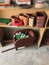 Garden deco and planters in Tinley Park, Illinois