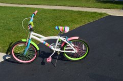 Girls Bicycle in Glendale Heights, Illinois