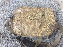 Avery Ducks Unlimited Blind Bag in Clarksville, Tennessee