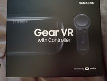 NEW Gear VR with Controller in Camp Lejeune, North Carolina