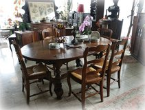 beautiful rustic dining room set made of solid oak in Baumholder, GE