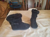 Size 13 girl boots in Fort Drum, New York