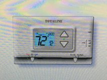 Thermostat / Digital  - Programmable 5-2 Day in Vista, California