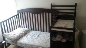 *MOVING SALE* CRIB W CHANGING TABLE/TODDLER BED in Honolulu, Hawaii