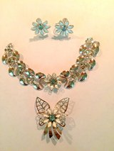 Antique Jewelry Set in Kingwood, Texas