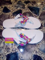 New Ladies Flip-flops Size 8-9 in DeRidder, Louisiana