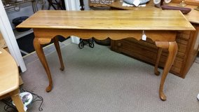Oak sofa table in Fort Campbell, Kentucky