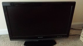 19 in tv with cd player in Yorkville, Illinois