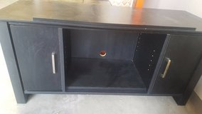 TV Stand - $40(Fort Bliss) in El Paso, Texas