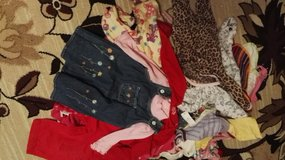 Baby clothes in size/12mo in Ramstein, Germany