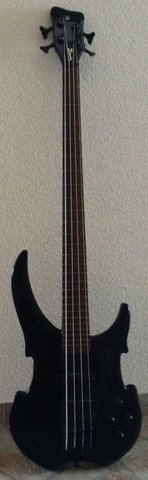 Warwick Vampyre Bass Guitar in Ramstein, Germany