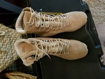 New Belleville 9.5R Tan Boots in Bolling AFB, DC