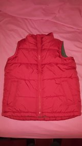 old navy boys red vest small 6-7 in Naperville, Illinois