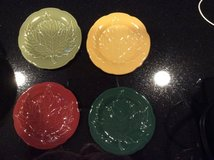 Longaberger Set of 4 Falling Leaves Leaf Plates in 4 Colors in Orland Park, Illinois