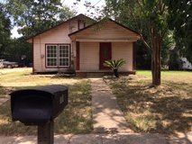 Older home in Conroe  3-4 bedrooms 1 bathroom in Conroe, Texas