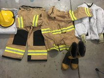 Turnout gear excellent condition in Travis AFB, California
