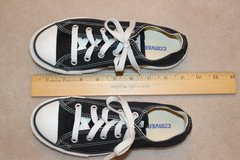 Converse, black (size 1) in Fort Belvoir, Virginia