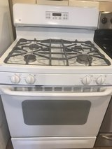 GE beautiful white stove in Cleveland, Texas