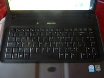 HP-530 LAPTOP PC WITH AC POWER SUPPLY; IS WORKING *or* FOR PARTS in Fort Leonard Wood, Missouri