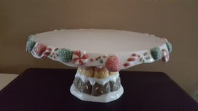 Christmas cake plate in Chicago, Illinois
