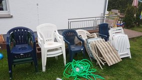 Lawn chairs/patio chairs/ water hose in Ramstein, Germany