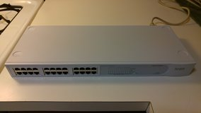 3COM Baseline 24-Port Unmanaged 10/100 Ethernet Switch in Aurora, Illinois