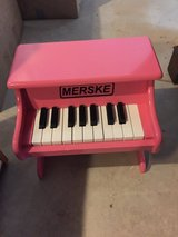 Pink Merske piano in Bolingbrook, Illinois