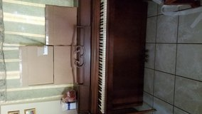 Piano in Morris, Illinois