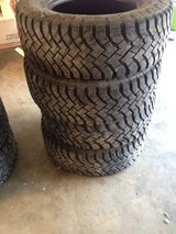 Hancook Dynapro MT tires (4) $100 Lt265/70r17 in Fort Knox, Kentucky