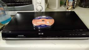 Toshiba DVD recorder plus a pack of brand new blank dvd-r's in Hopkinsville, Kentucky