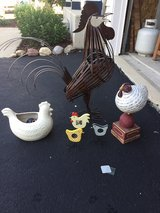 Rooster, hen, and chickens! in Yorkville, Illinois