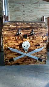 False Bottom Pirate Treasure Chest in Converse, Texas