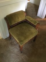 Antique Slipper Chair in Todd County, Kentucky