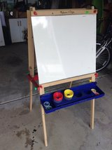 Melissa & Doug Kids Easel in Chicago, Illinois