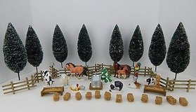 Dept 56 The Original Snow Village Farm Accessory Set #54931 Never Displayed in Glendale Heights, Illinois
