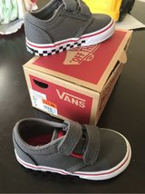 NEW VANS TODDLER size 6 in Travis AFB, California