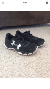 Toddler Boys Under Armour Shoes Size 11 in Naperville, Illinois