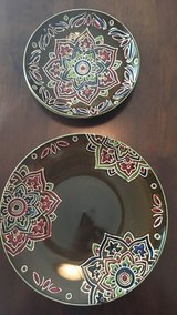 New Pier 1 Global Medallion plates 2 set (4 total) in Wheaton, Illinois