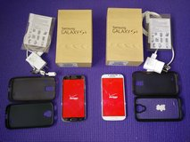 Samsung Galaxy S4 (16 GB) UNLOCKED Phones;  Like NEW; GSM; with extra items in Naperville, Illinois