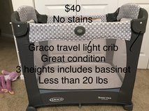 Travel light crib in Belleville, Illinois