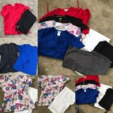 Scrubs sz small**super cute** in Fort Leonard Wood, Missouri