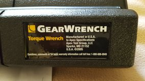 "GearWrench 3/8"" Micrometer Torque Wrench 10-100lbs in Fairfield, California"