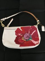 COACH APPLIQUÉ LEATHER SHOULDER BAG in Fairfield, California