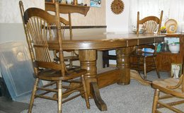 Large Oval Table & 6 chairs in Fort Riley, Kansas
