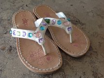 Size 9 jewel sandals/ flip flop style. in Fort Carson, Colorado